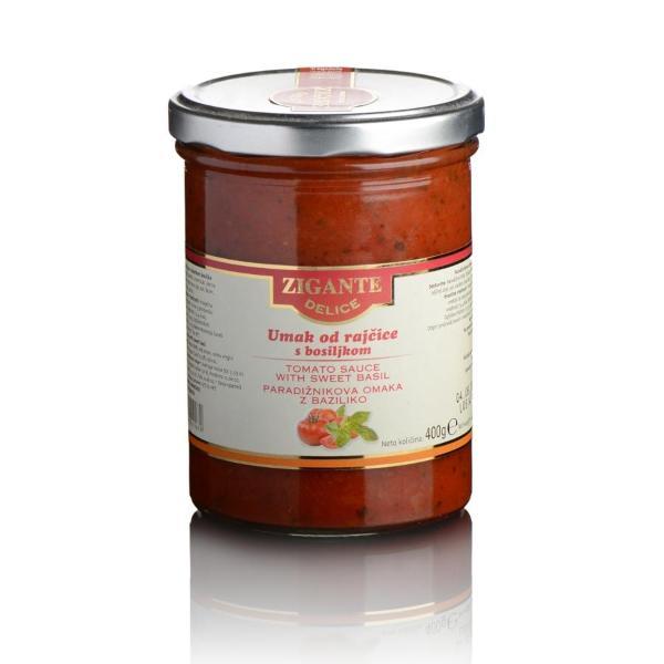 Tomato sauce with sweet basil